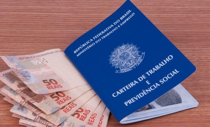 Município deve pagar cota patronal da contribuição previdenciária de servidor licenciado por motivo particular