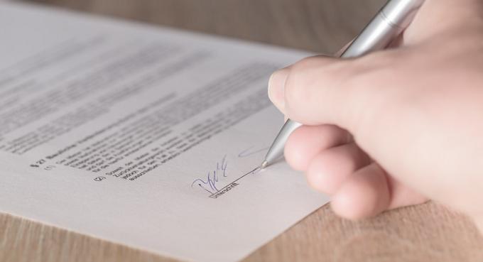 Contrato de mandato não se confunde com terceirização de mão-de-obra
