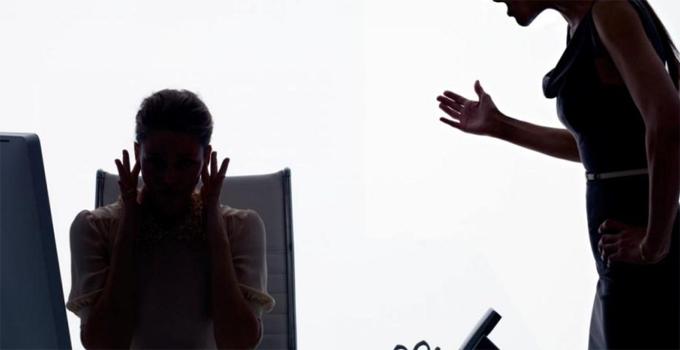 Empresa deve indenizar ex-funcionária por assédio moral de supervisora